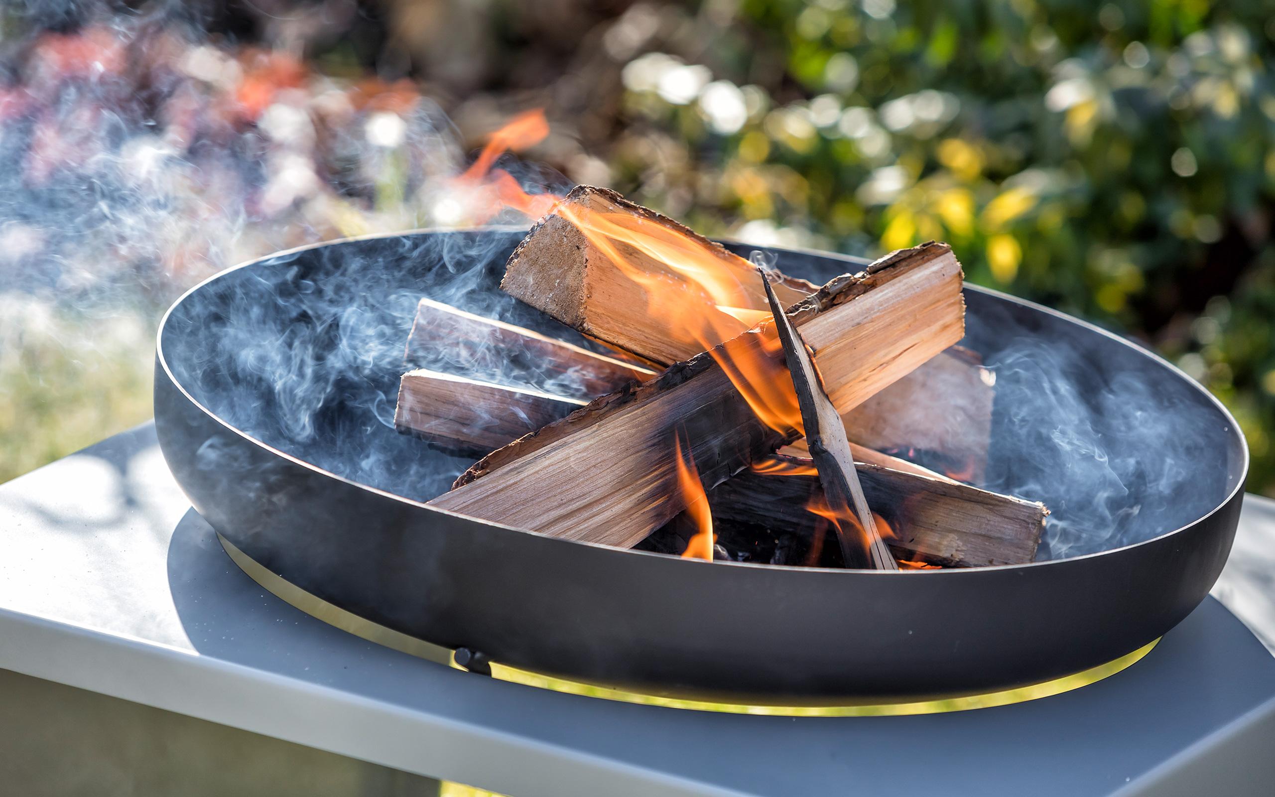 Stimmungsbild - Feuerschale Moderne - Feu du Jardin
