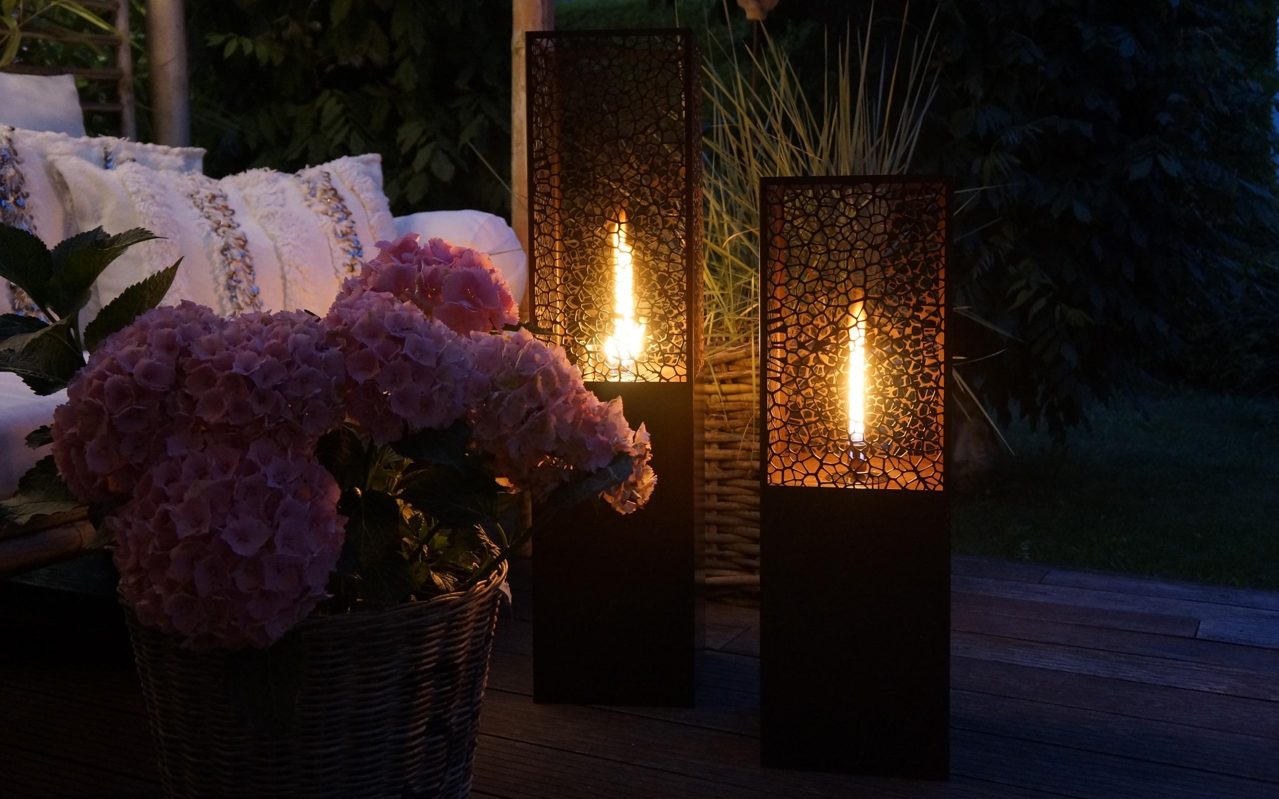 Gartenbeleuchtung mit Oellampen - Feu du Jardin