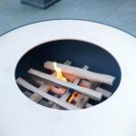 Das Gartenfeuer Fyro richtig anfeuern