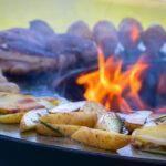 Bratkartoffeln auf der Feuerschale - Fyro 80