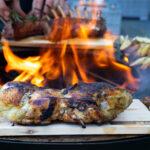 Grillieren auf «Western Red Cedar»-Holz - Feu du Jardin