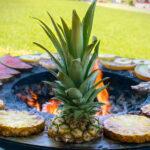 Ananas Grillieren auf der Feuerschale Fyro 80
