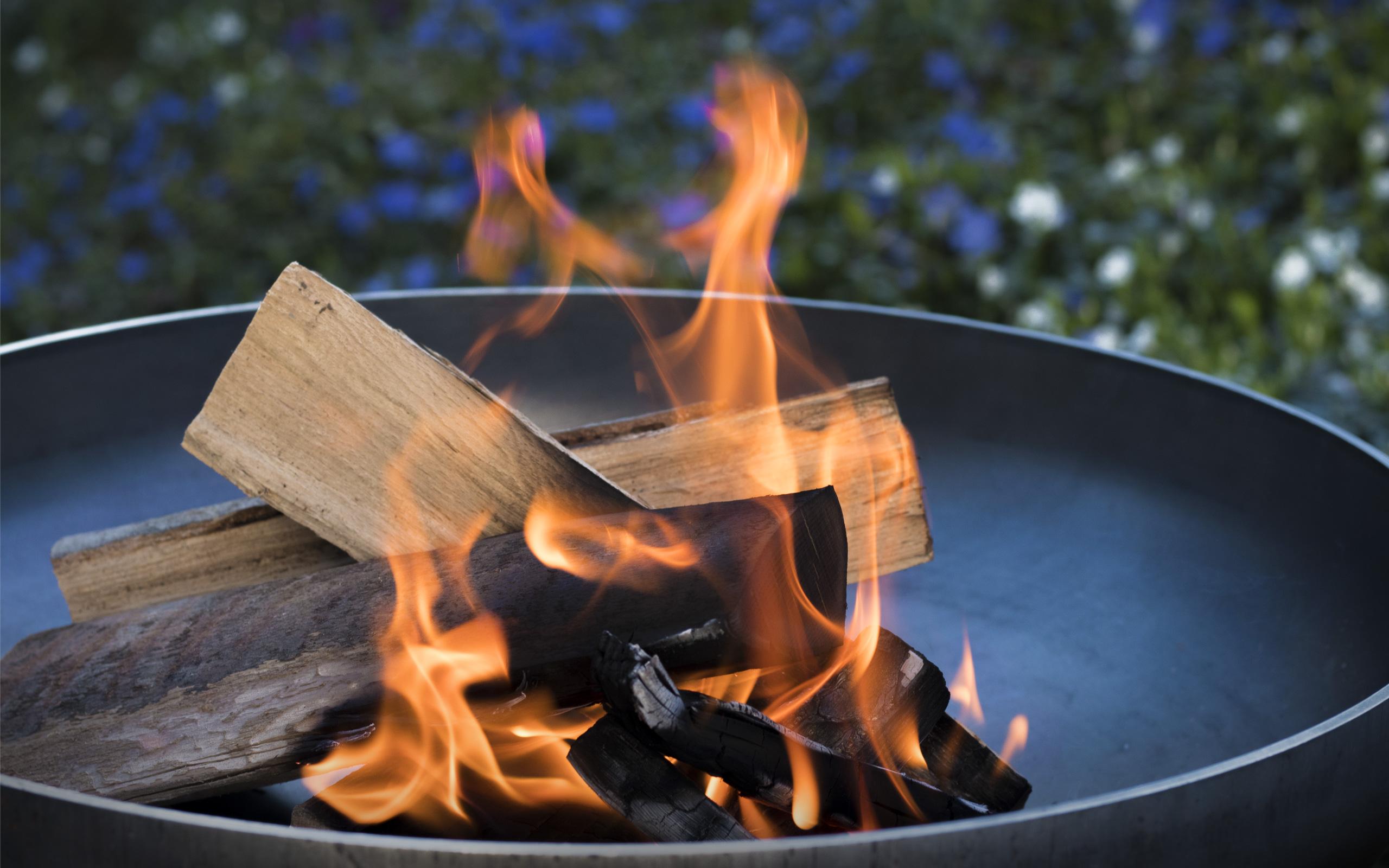 Stimmungsbild Feuerschale X50 - Feu du Jardin